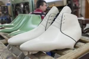 schoenfabriek roemenie - vervaardigen van herenschoenen5